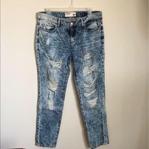 🌷Garage Boyfriend ripped jeans